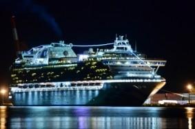 m-豪華客船